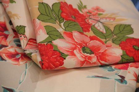 .vintagetablecloth